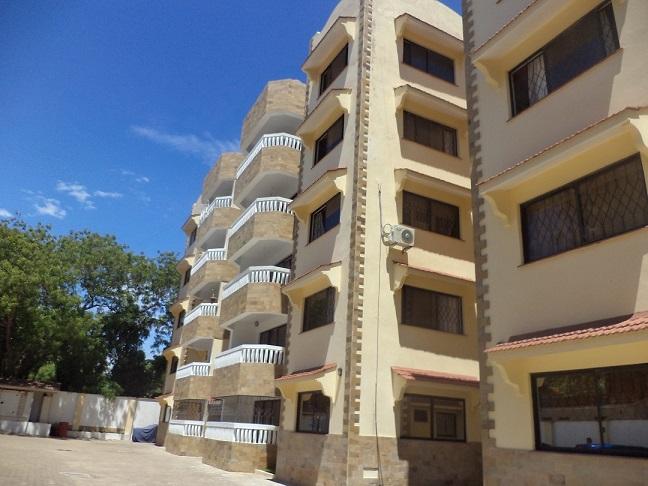 Classic 3br modern rental apartment all en suite for rent in Nyali- Jamuhuri