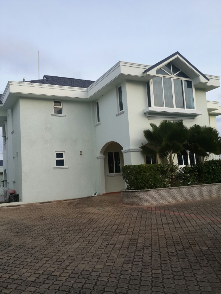 4br house for rent in Nyali -City Mall area