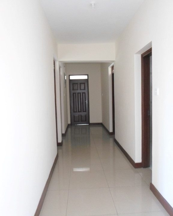 Corridor to br