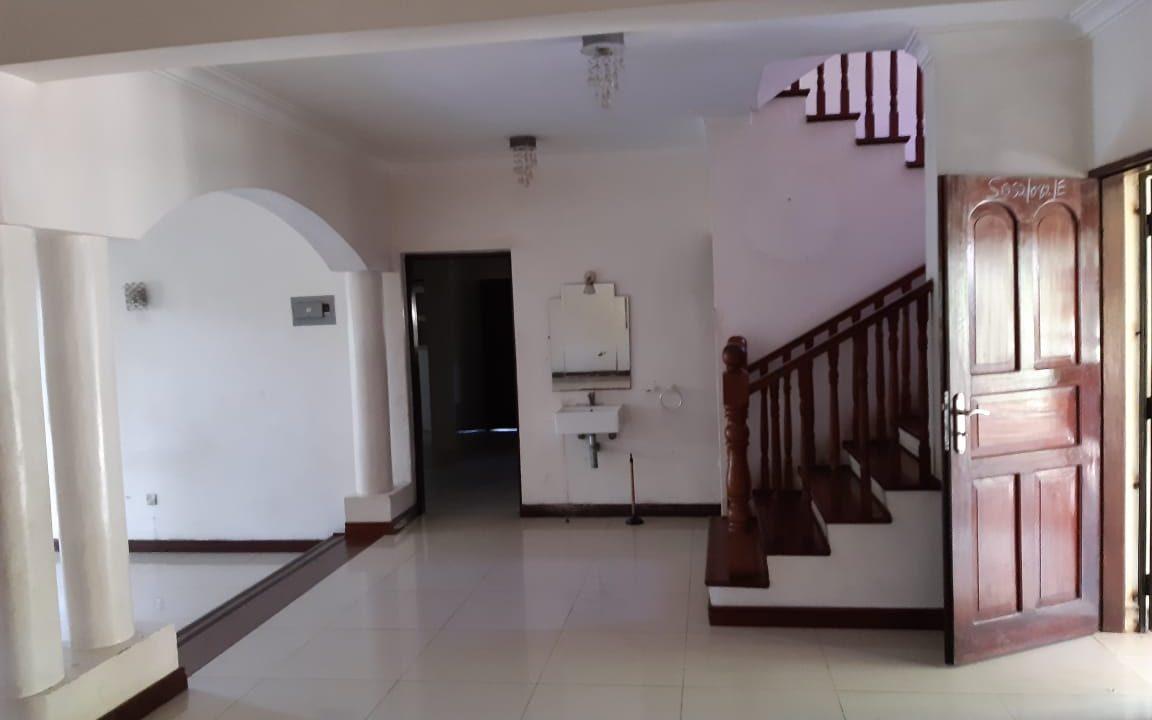 Legacy villa 04