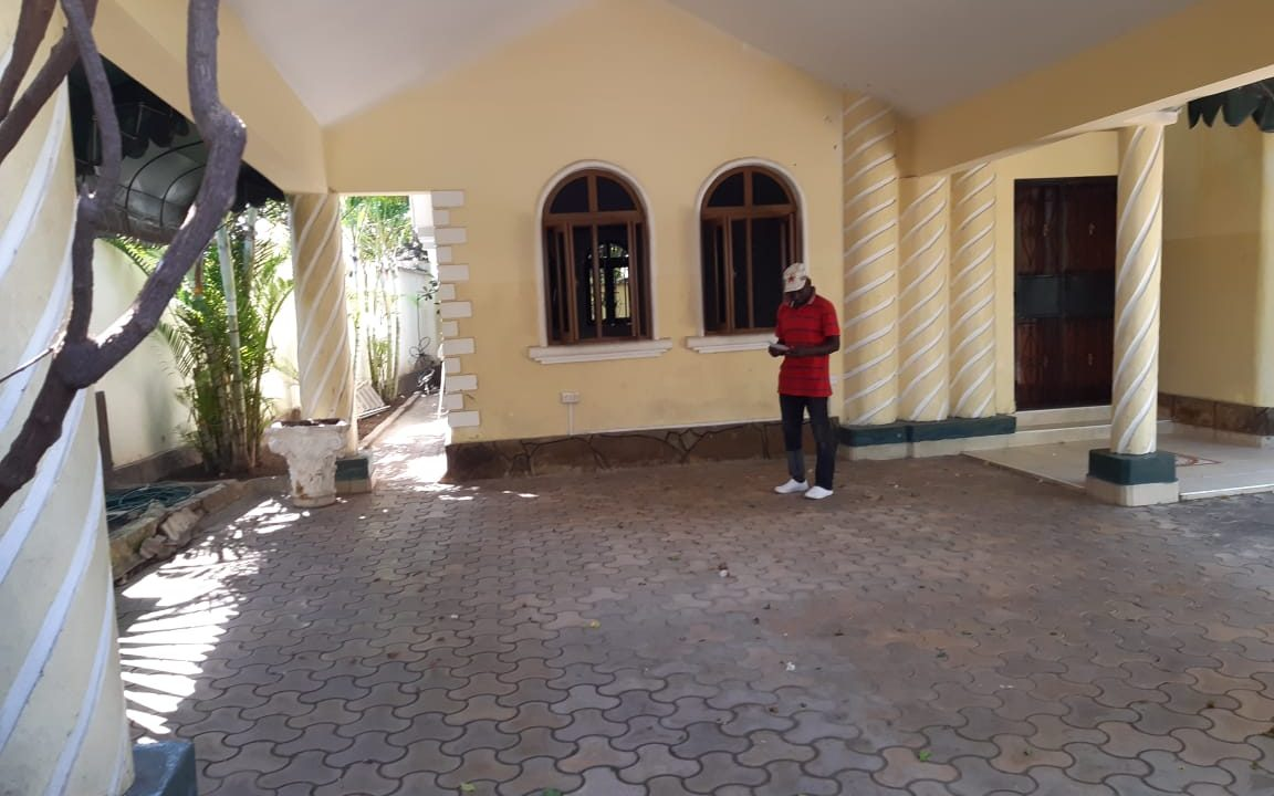 Legacy villa 06