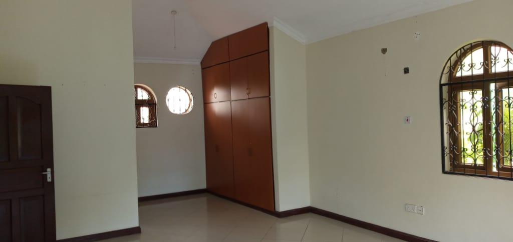 Legacy villa 12
