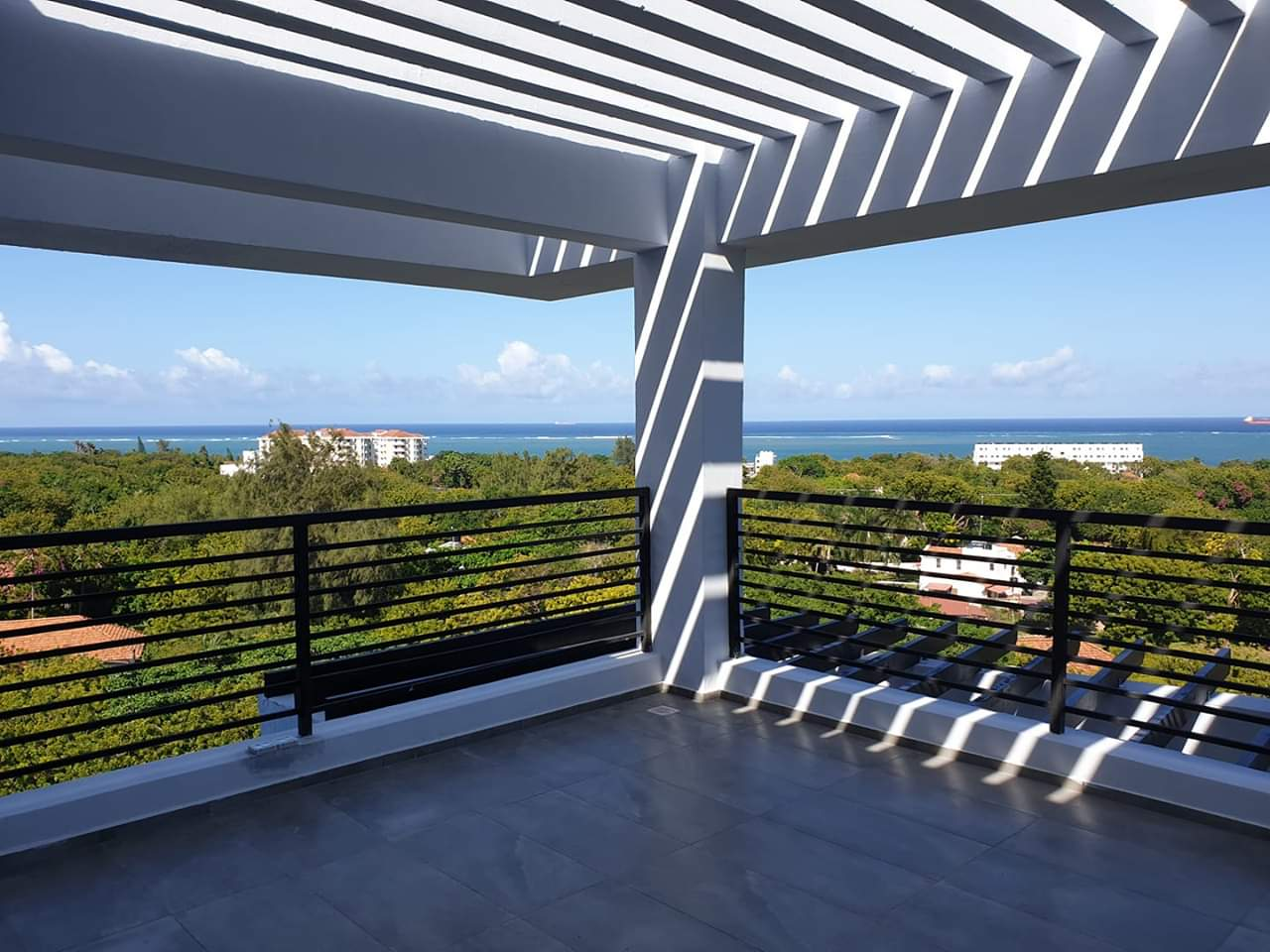 4 Bedroom Duplex Penthouse Available for Rent in Nyali