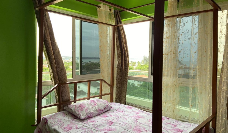 le royalle penthouse 04