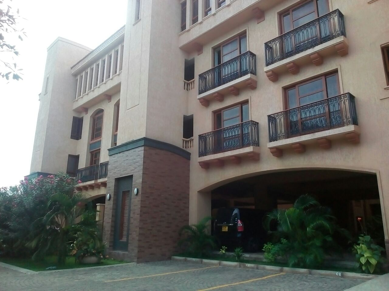4br executive Marble Arch Apartments for rent in Nyali