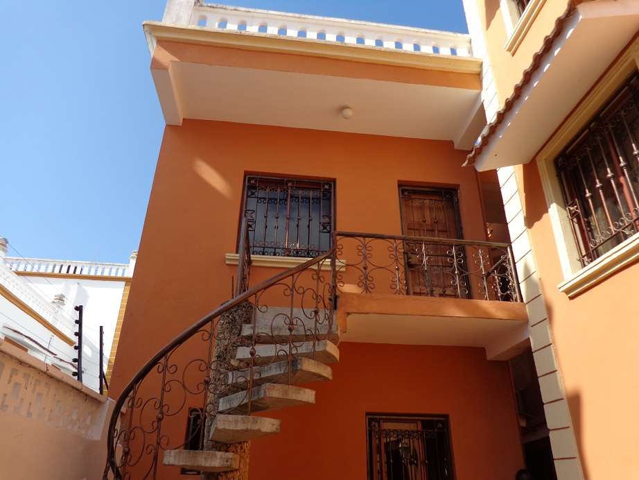 3br all en-suite house plus 2br guest wing for rent off links road in Nyali