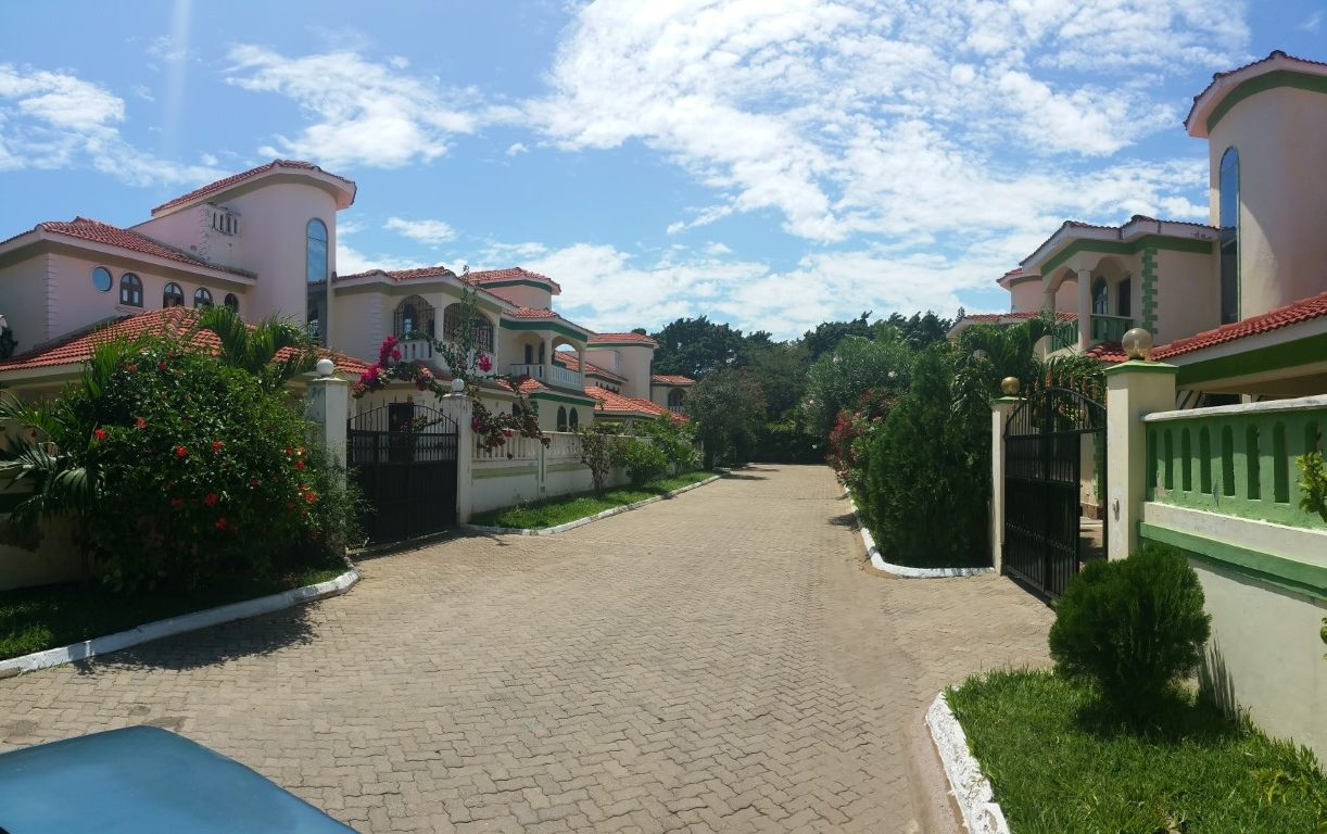 4 bedroom modern house for sale in Nyali