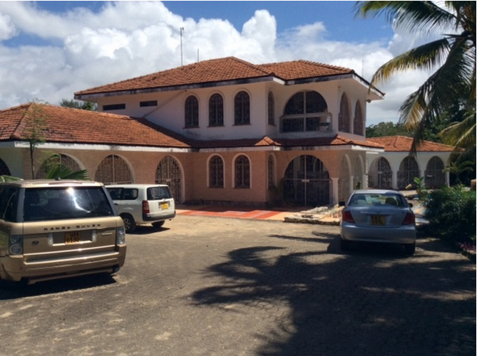 4br all en-suite house for rent in Old Nyali.
