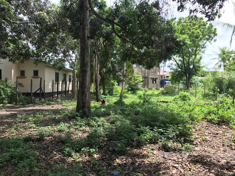 50×100 plot for sale in Bamburi/Utange main road