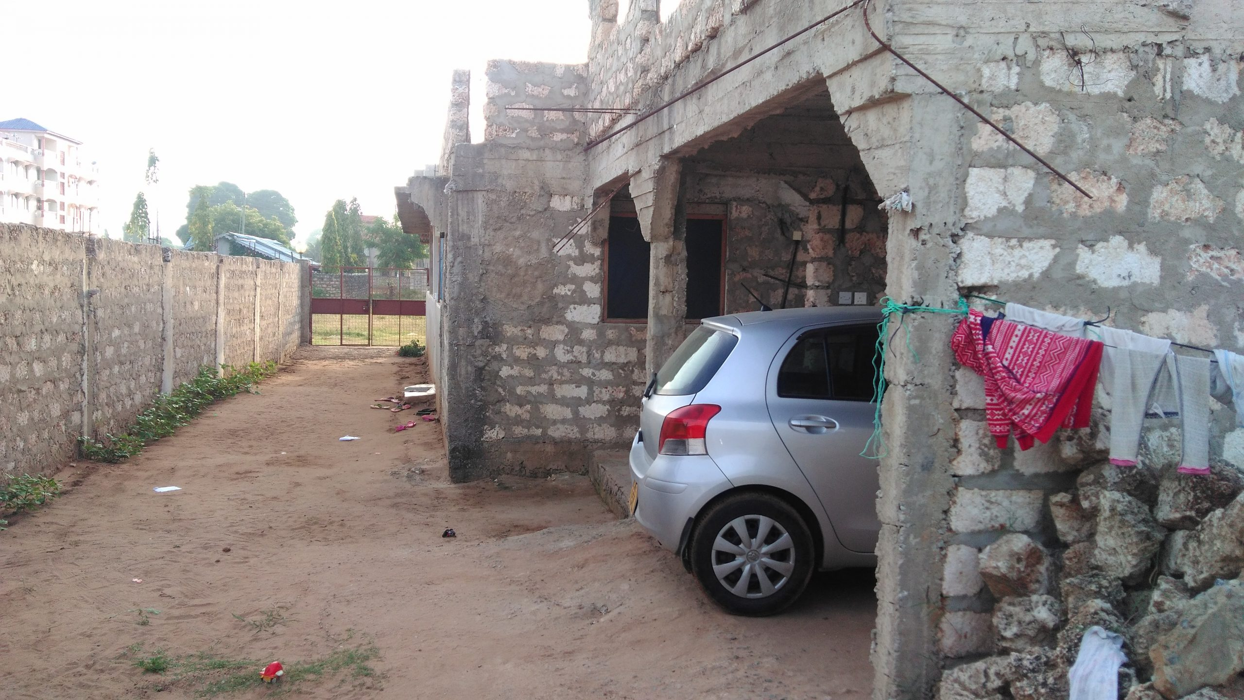 Uncompleted house for sale at utange