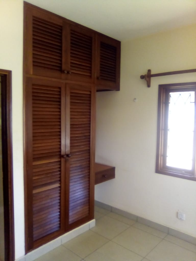 2br apartment for Long term available for Rent, close to City Mall Nyali