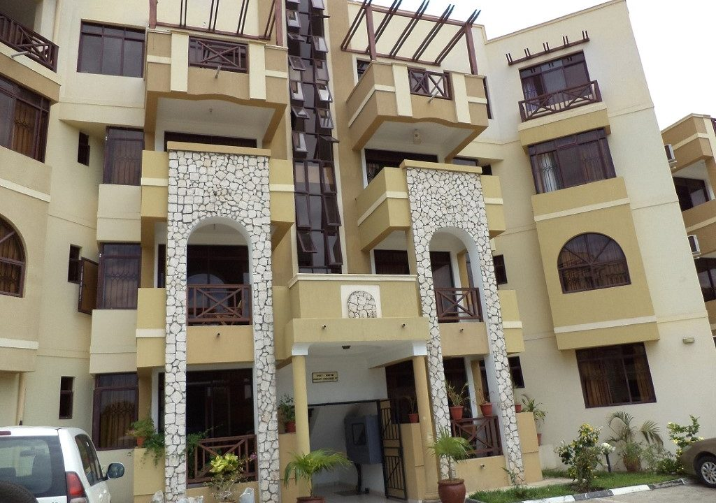 3 bedroom FURNISHED penthouse apartment for rent in Nyali