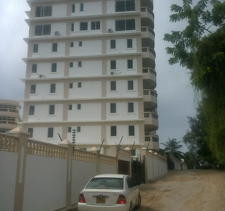 3br seaview Apartment with SQ for rent In Nyali next to white sandy beach