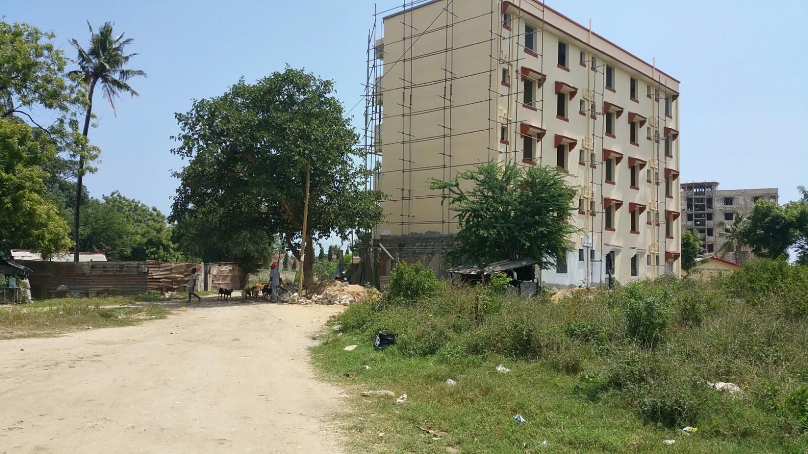 Quarter acre for sale in Bamburi Fisheries area