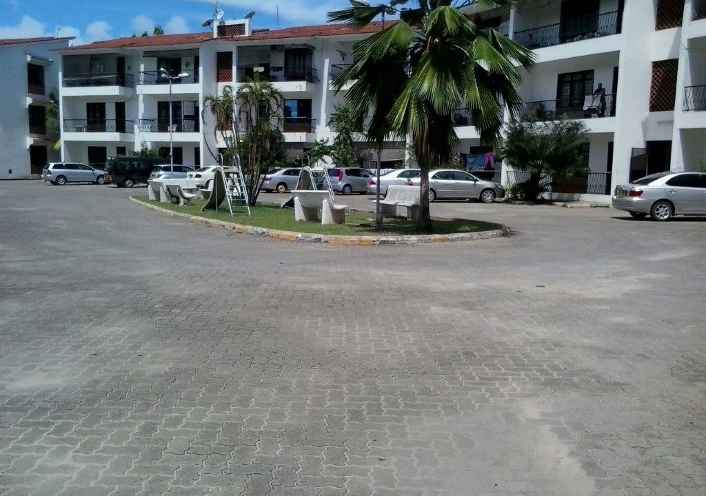 4br spacious Apartment for Sale in Nyali-Mkomani