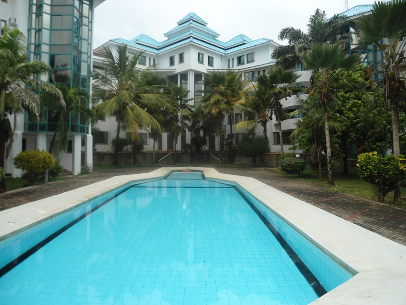 3br beach apartment for long term let in Nyali