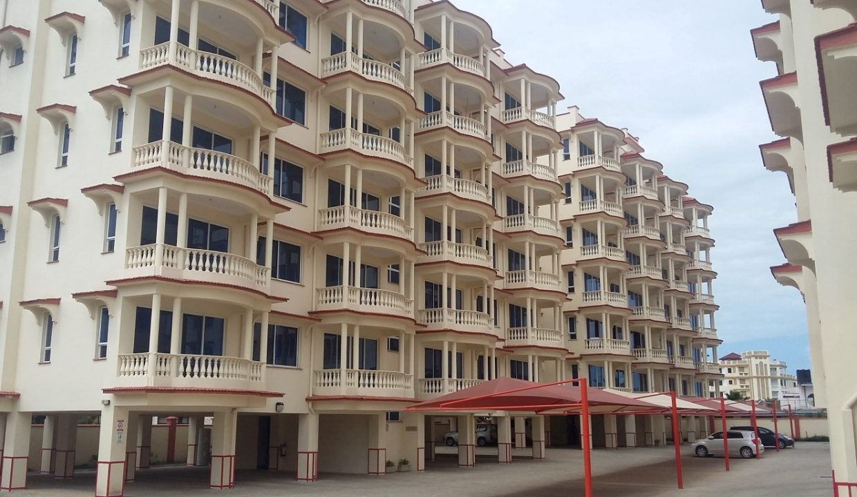 3 br ocean view apartment for sale in Nyali, near Naivas & City Mall – Royal