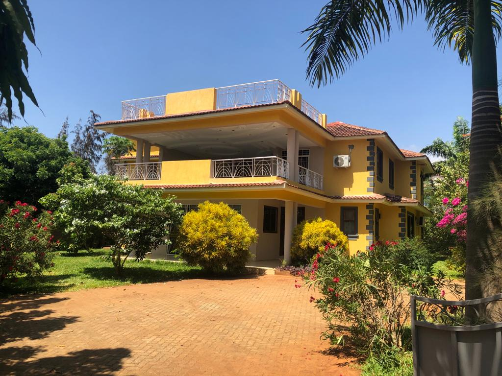 4br villa houses for sale in Vipingo close to Utalii College