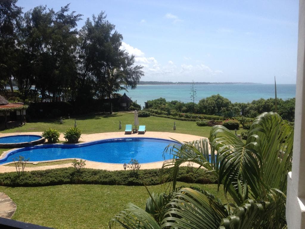 3 br executive beach apartment for sale in Nyali