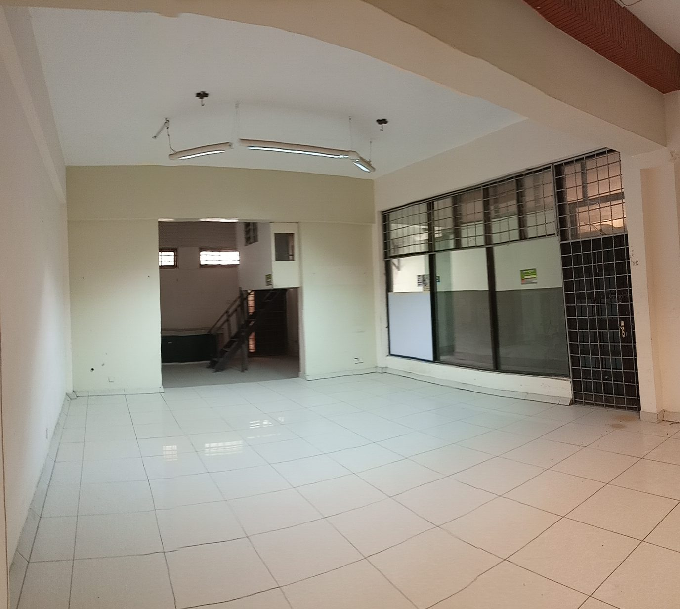 office/shop space 800 sq.feet (ground floor) for rent in Nyali next to City Mall