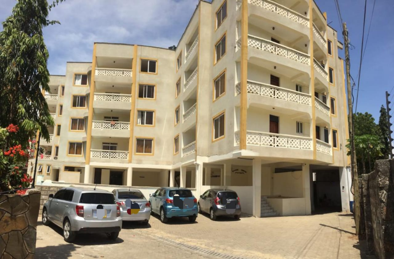 2br spacious unfurnished apartment for rent in Nyali- Coppins Apartments