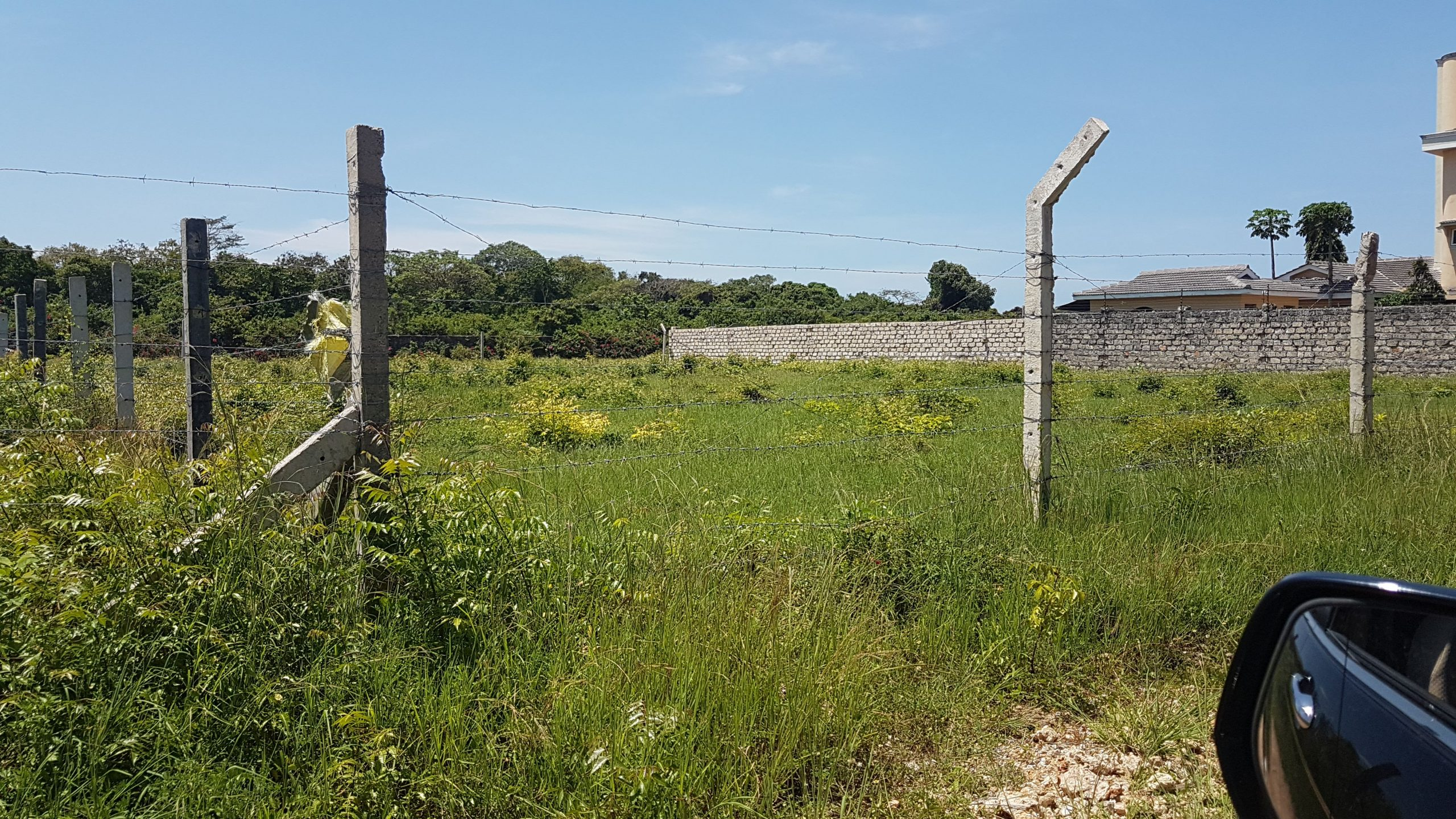 1/4 acre residential plot for sale in Shanzu