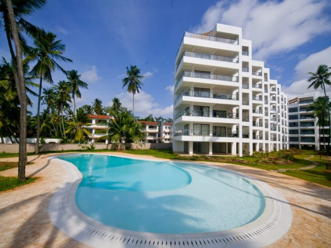 3br furnished beach apartment for rent in Bamburi beach