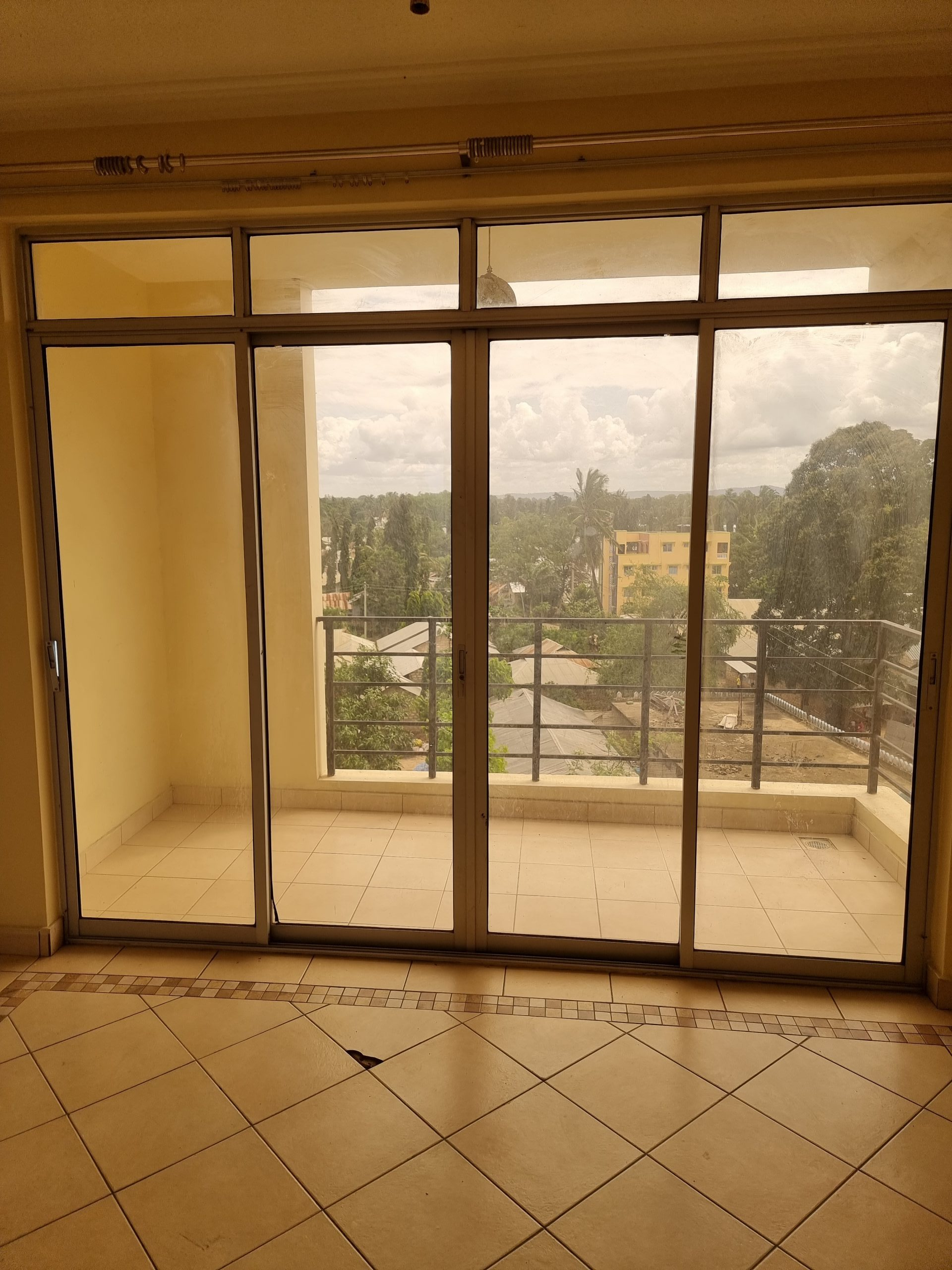 2 br apartment for rent in mtwapa