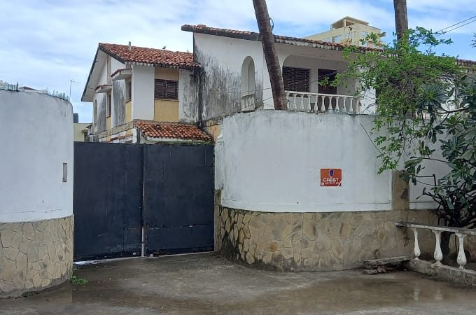 9br House for sale in Nyali
