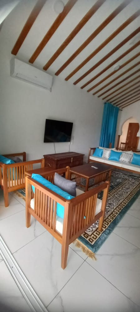 1 br penthouse apartment for rent in Nyali-waterclub