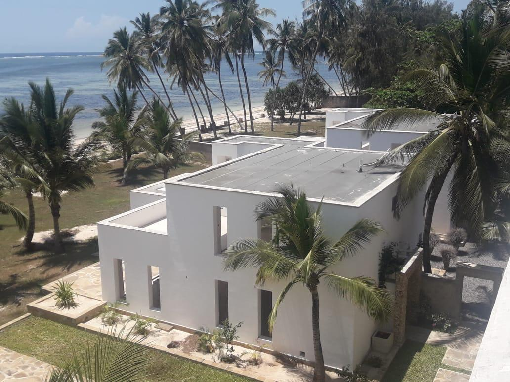 3br semi furnished front Villas for Sale in Kanamai