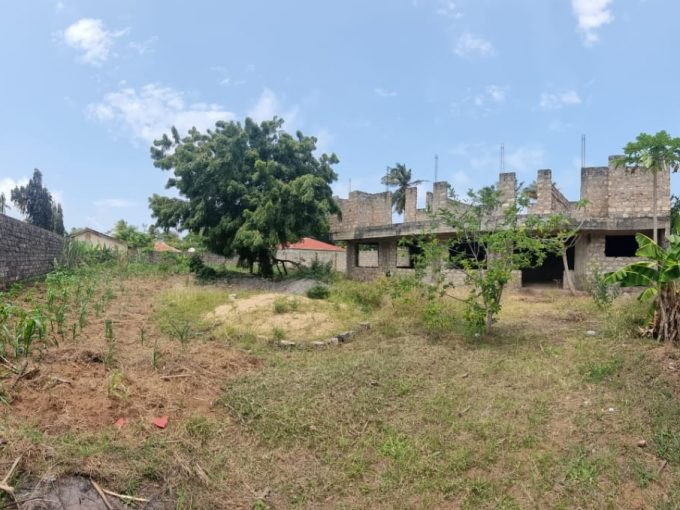 Plot for Sale 1/4 of an acre in Kanamai ( Majengo)