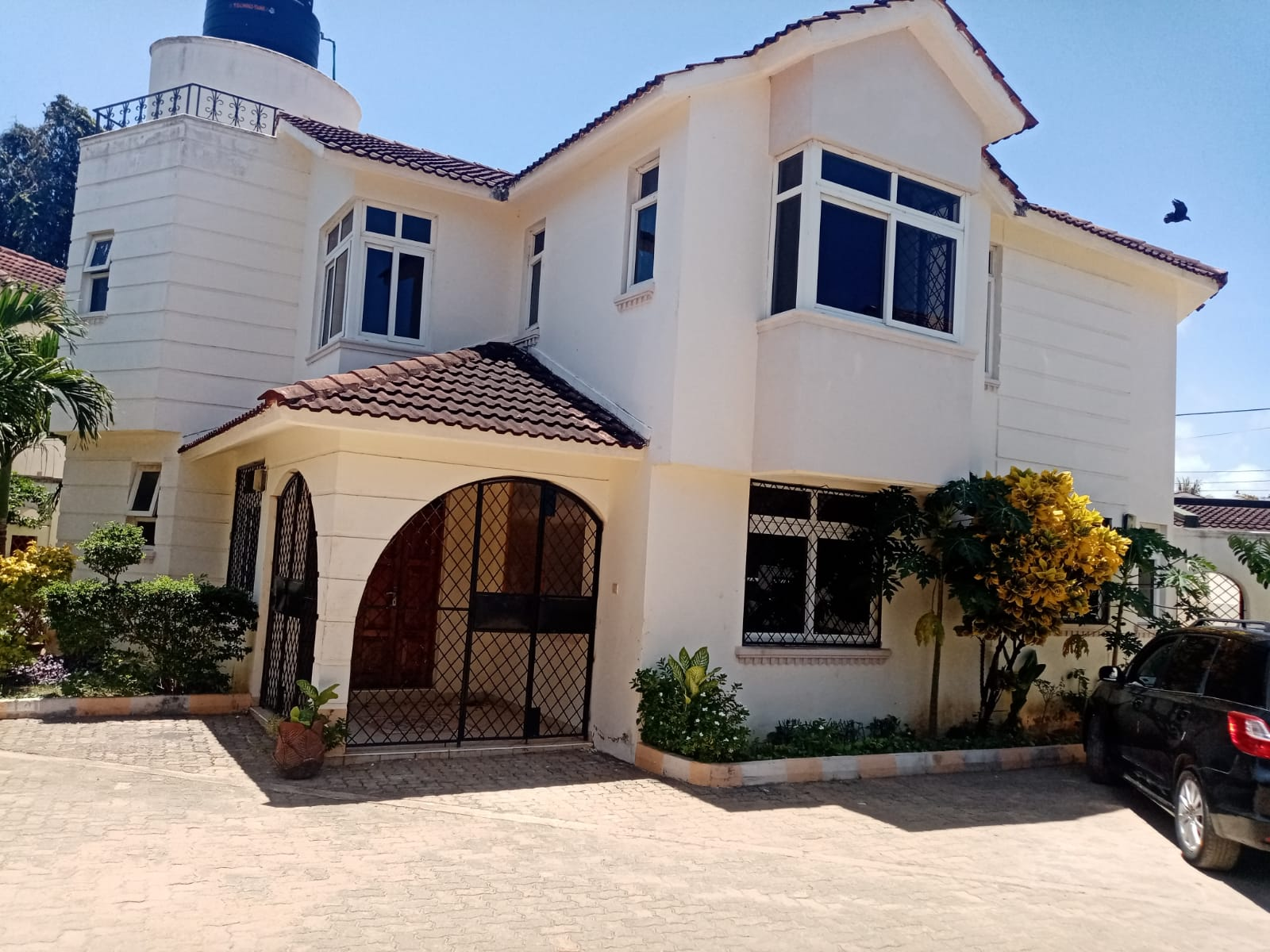 4br all ensuite House with SQ for rent in Nyali.